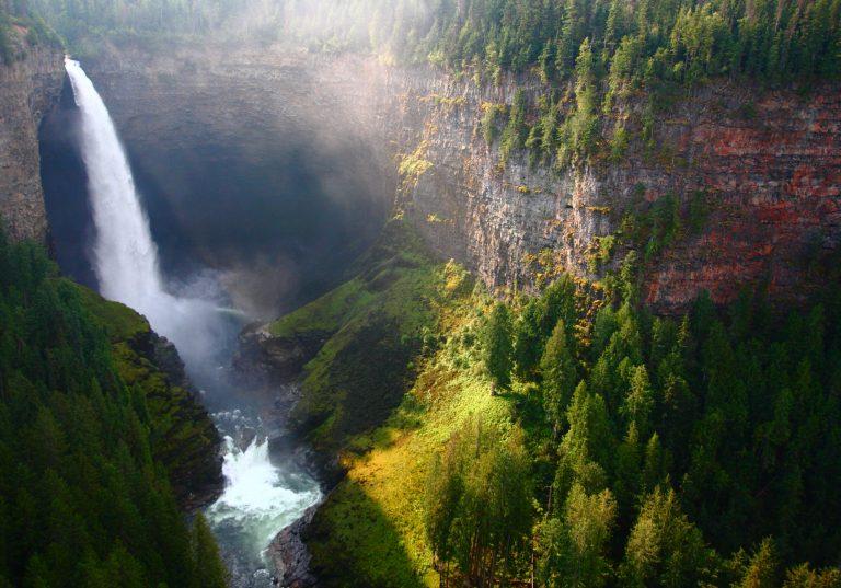 Kanada, Helmcken Falls